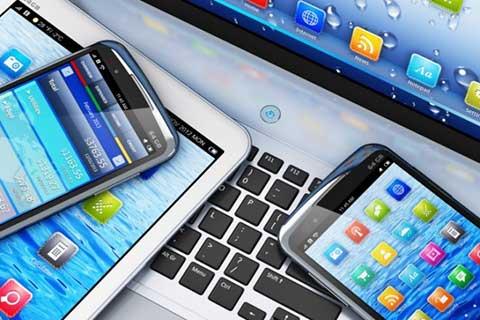 欧盟委员会要求社交媒体解决非法内容问题